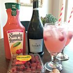 Easy Raspberry Lemonade Cocktail (Spritzer)