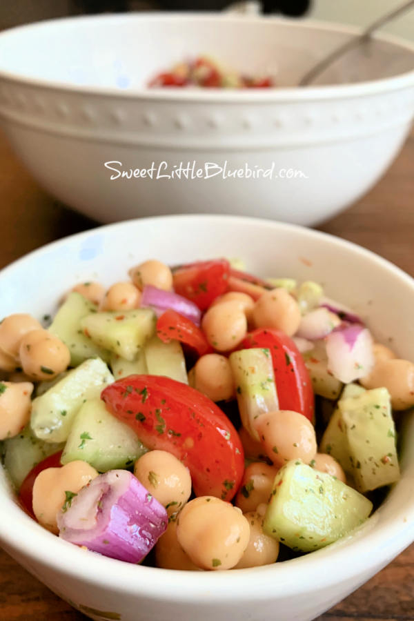 Chickpea Salad with Tomato and Cucumber
