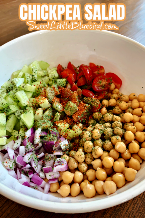 Chickpea salad with Tomato Cucumber Red Onion