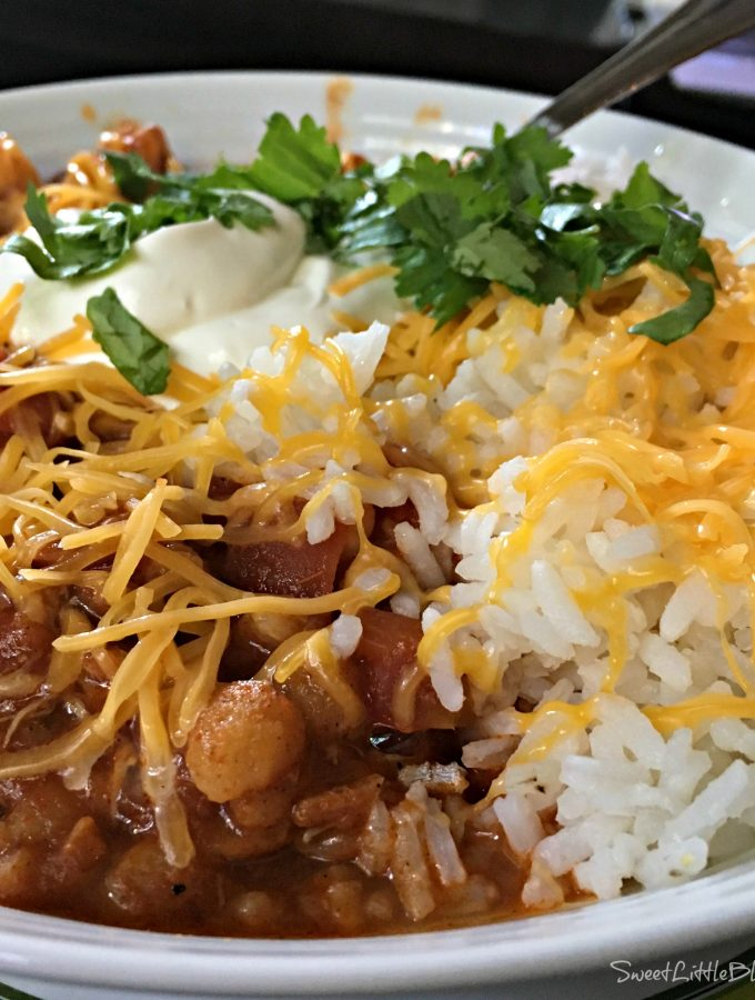 Slow Cooker Chunky Chicken Chili