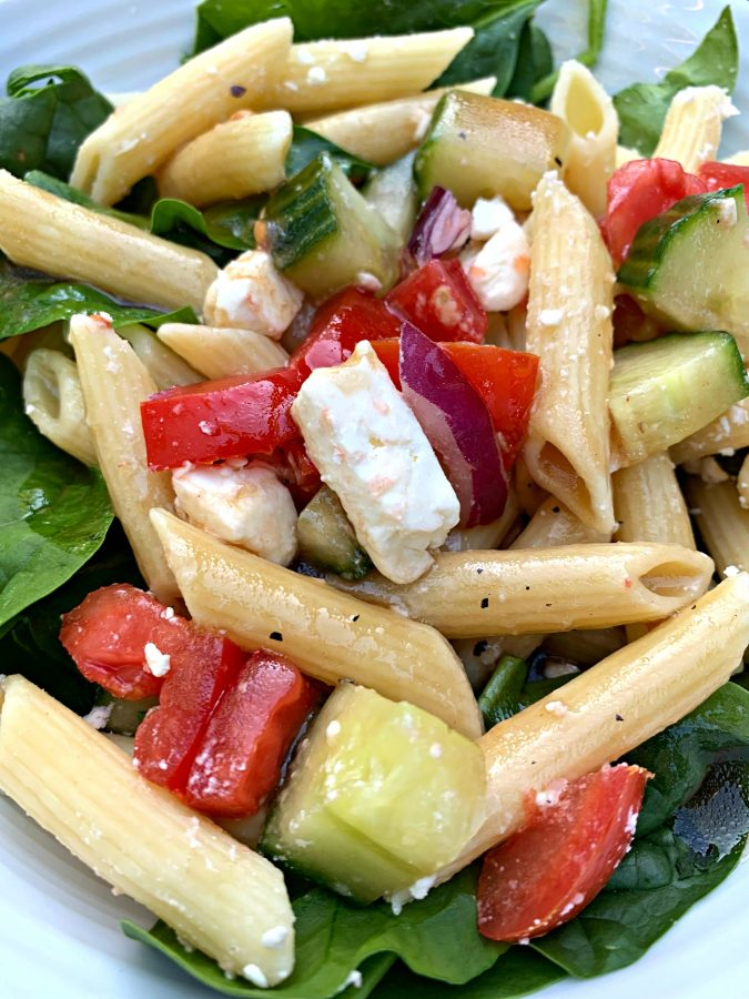 SPINACH PASTA SALAD - Sweet Little Bluebird